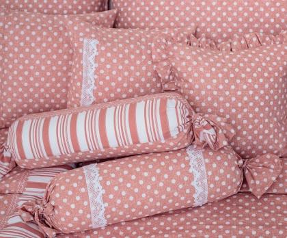 Puntíky růžové