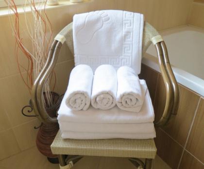 Koupelnová předložka hotelová bílá DELUXE